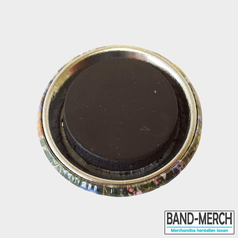 37mm Buttons mit Magnet hinten