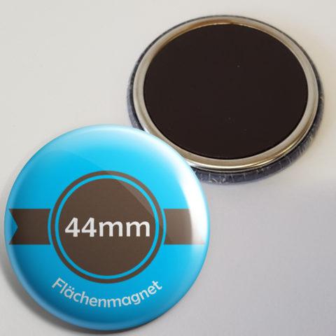 44mm buttons als Kühlschrankmagnet